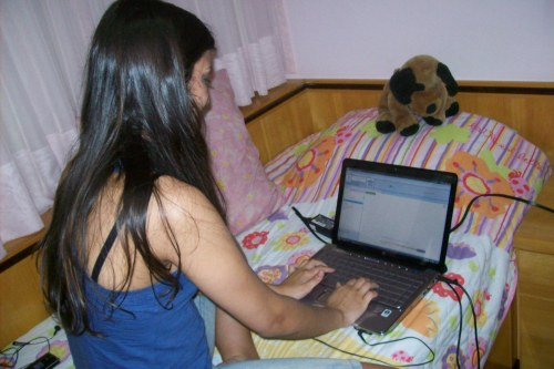 Lívia Mautoni teve Skype e MSN como aliados contra a saudade durante seu intercâmbio