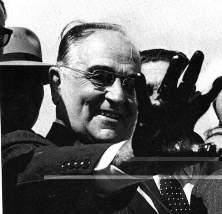 O salário mínimo brasileiro foi instituído em 1940, no Governo Vargas