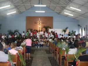 Missa de Domingo de Ramos na Paróquia de São Pedro