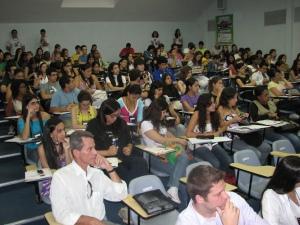 Fórum das Comunicações lota o auditório em seu primeiro dia
