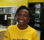 Alessandra trabalha em uma grande loja de eletrodomésticos
