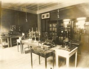 O Museu resgata a memória da Escola de Engenharia de Juiz de Fora, fundada em 1914