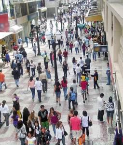 Rua Halfeld: local de grandes aglomerações em JF