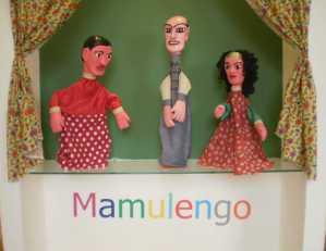 Bonecos dos artesãos Danilo Cavalcanti e José Lopes
