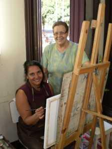 Irene Barros também aprende pintura com Myrthes Müller