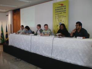 Paulo Edison, Tâmara Liz, Rodrigo Barbosa, Paulo Roberto, Felipe Canedo e João César compuseram a 1ª Mesa